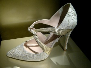 Pointy and lace shoe