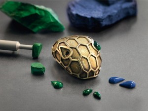 The making of the Serpenti collection